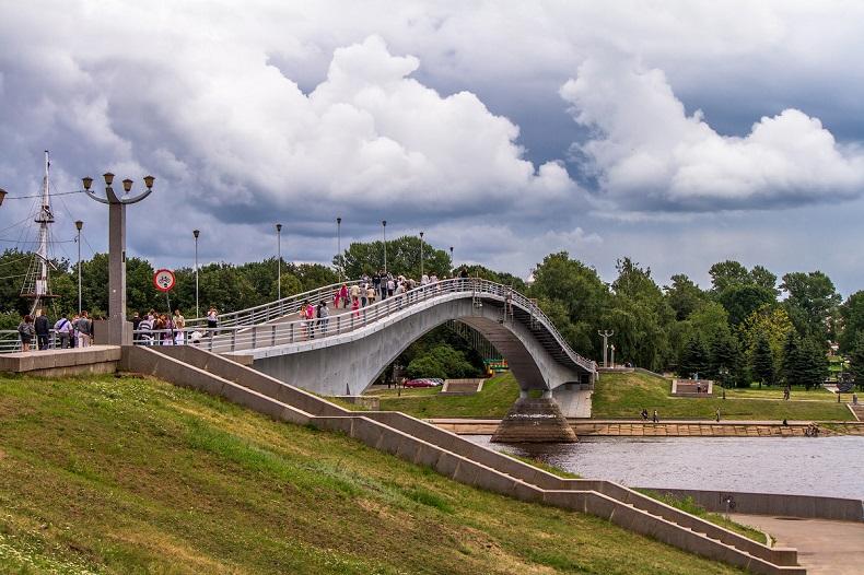 Кремлевский мост Великий Новгород