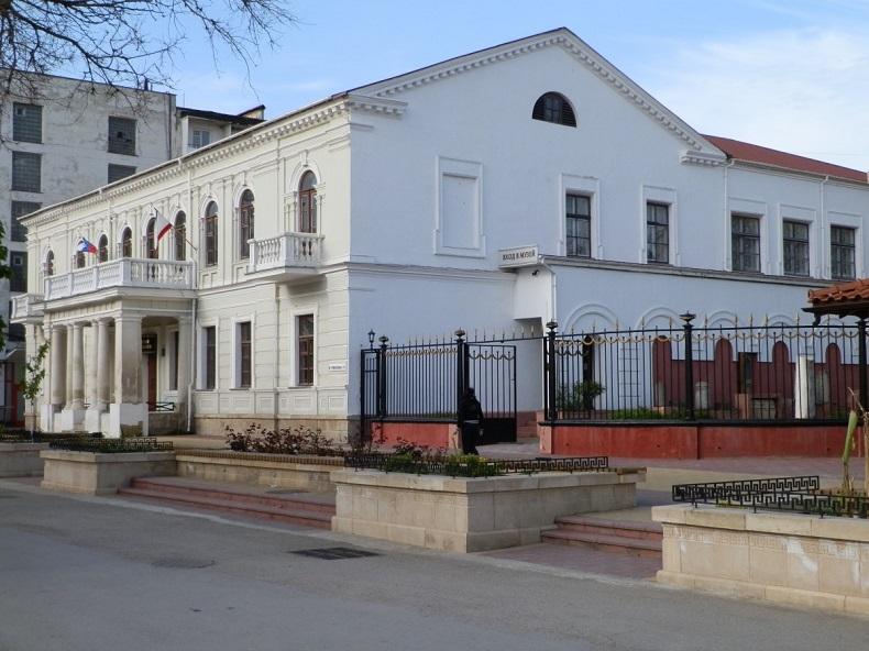 Музей древностей Феодосия