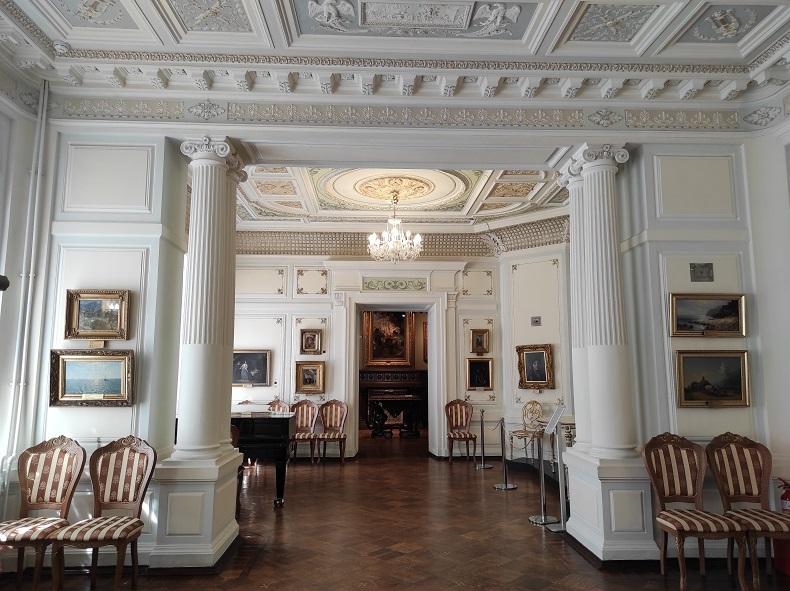 Белый зал Серпуховский музей