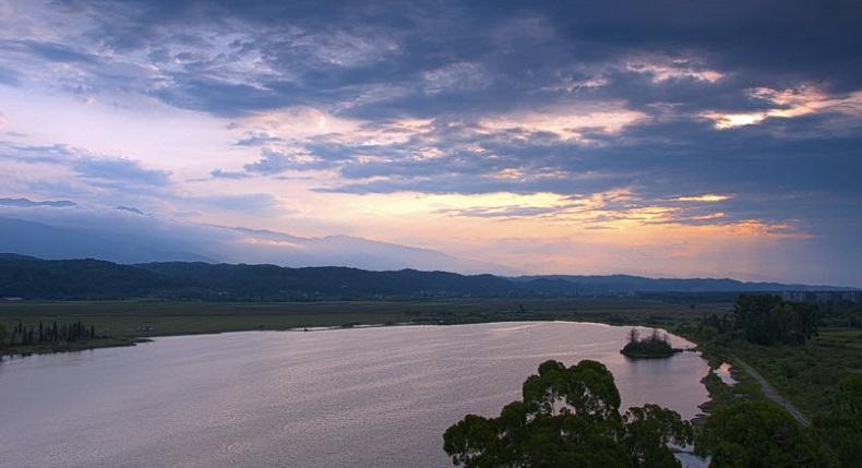 Озеро Инкит