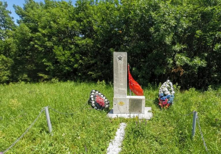 Памятник десантной группе «Месть»