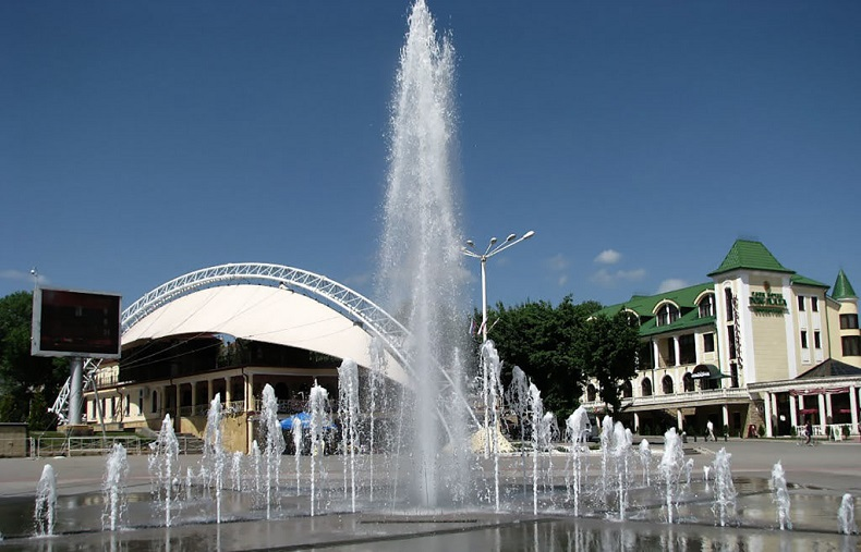 Театральная площадь Ессентуки